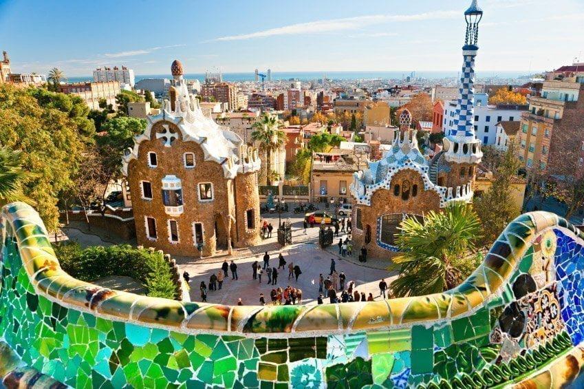 parque-guell-pontos turísticos da Espanha